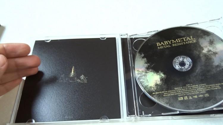 babymetal-metal-resistance-cd-dvd-review2